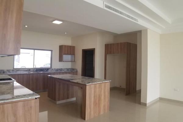 Foto de casa en venta en  , fraccionamiento lagos, torreón, coahuila de zaragoza, 16199910 No. 05