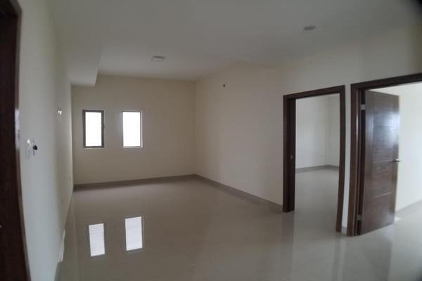 Foto de casa en venta en  , fraccionamiento lagos, torreón, coahuila de zaragoza, 16199910 No. 13