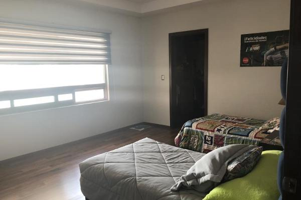 Foto de casa en venta en  , fraccionamiento lagos, torreón, coahuila de zaragoza, 5437649 No. 02