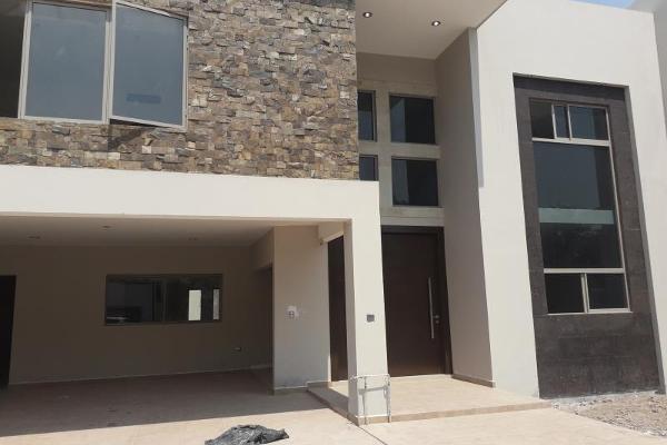Foto de casa en venta en  , fraccionamiento lagos, torreón, coahuila de zaragoza, 7205129 No. 01