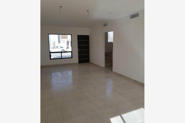 Foto de casa en venta en  , fraccionamiento lagos, torreón, coahuila de zaragoza, 8842667 No. 02