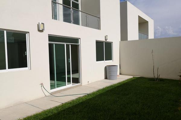 Foto de casa en venta en  , fraccionamiento las quebradas, durango, durango, 8633263 No. 08