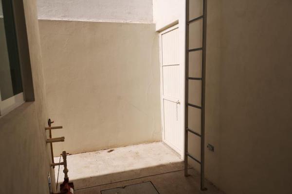 Foto de casa en venta en  , fraccionamiento las quebradas, durango, durango, 8633263 No. 13