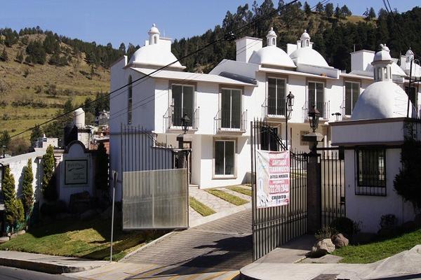 Foto de casa en venta en fraccionamiento pinares de santiago, calle niños héroes #109 , santiago tlaxomulco centro, toluca, méxico, 0 No. 02