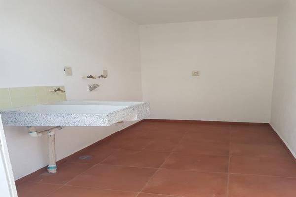 Foto de casa en venta en fraccionamiento pinares de santiago, calle niños héroes #109 , santiago tlaxomulco centro, toluca, méxico, 0 No. 37