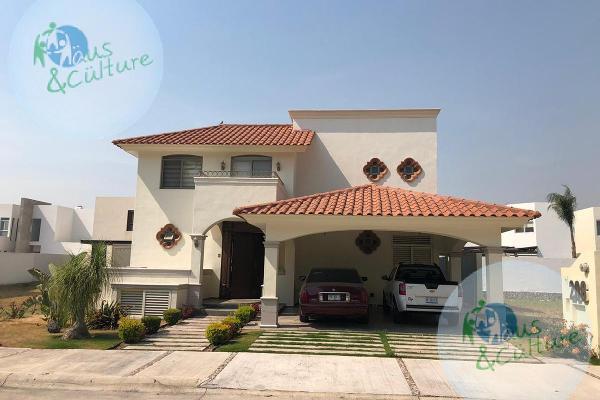 Foto de casa en venta en  , fraccionamiento san lorenzo, celaya, guanajuato, 7857313 No. 01