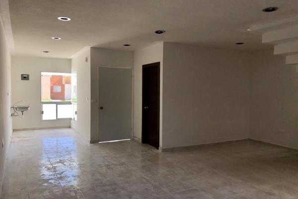Foto de casa en venta en  , fraccionamiento san miguel de casa blanca, durango, durango, 13382854 No. 06