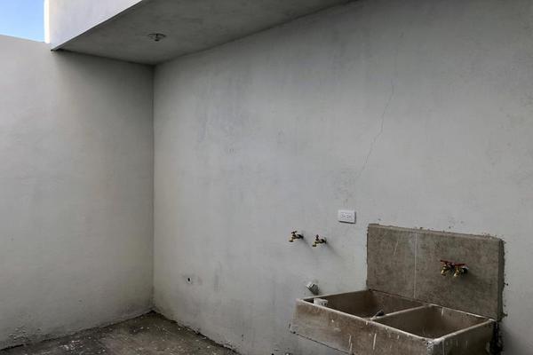 Foto de casa en venta en  , fraccionamiento san miguel de casa blanca, durango, durango, 13382854 No. 09