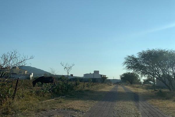 Foto de terreno habitacional en venta en fraccionamiento valla del milagro , real del bosque, corregidora, querétaro, 9946803 No. 02