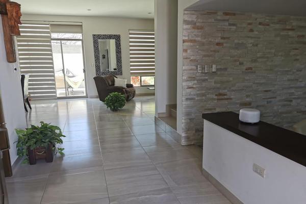 Foto de casa en venta en  , fraccionamiento veredas de santa fe, torreón, coahuila de zaragoza, 13255774 No. 03