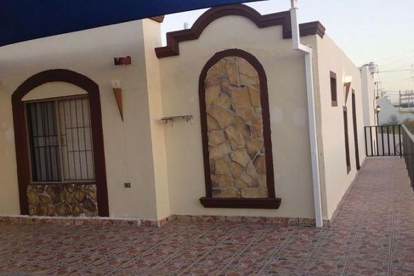 Foto de casa en venta en  , fraccionamiento villas de san pedro, hermosillo, sonora, 7960580 No. 02