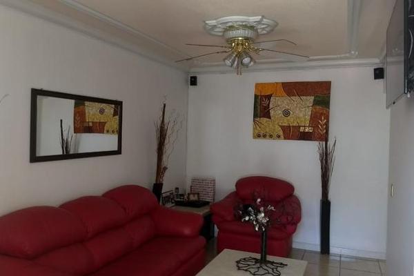 Foto de casa en venta en  , fraccionamiento villas de san pedro, hermosillo, sonora, 7978297 No. 02