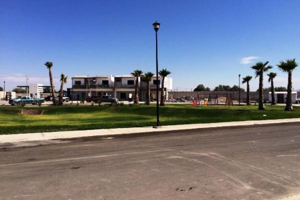 Foto de casa en venta en  , fraccionamiento villas del renacimiento, torreón, coahuila de zaragoza, 2679415 No. 06