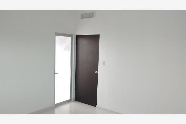 Foto de casa en venta en  , fraccionamiento villas del renacimiento, torreón, coahuila de zaragoza, 2691109 No. 15