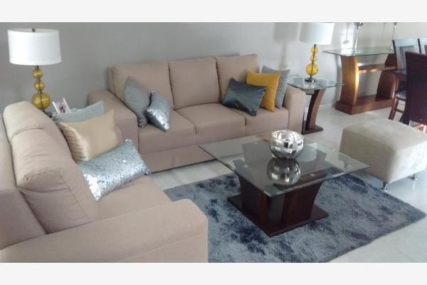 Foto de casa en venta en  , fraccionamiento villas del renacimiento, torre?n, coahuila de zaragoza, 3033967 No. 02