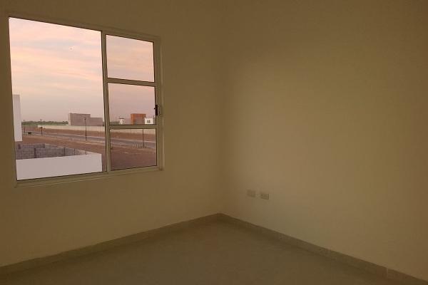 Foto de casa en venta en  , fraccionamiento villas del renacimiento, torreón, coahuila de zaragoza, 4264036 No. 05