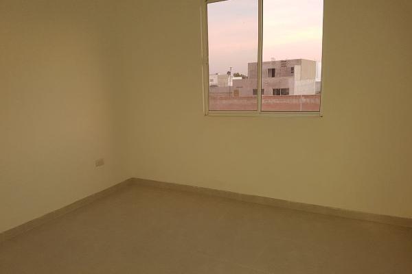 Foto de casa en venta en  , fraccionamiento villas del renacimiento, torreón, coahuila de zaragoza, 4264036 No. 06