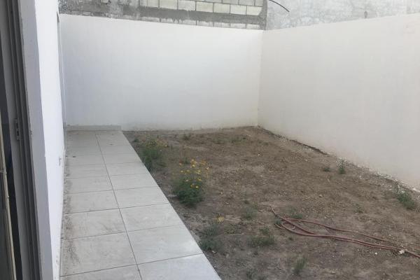 Foto de casa en venta en  , fraccionamiento villas del renacimiento, torreón, coahuila de zaragoza, 5672797 No. 07