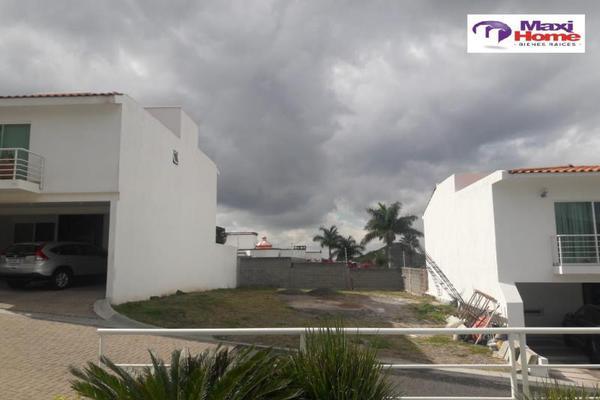 Foto de terreno habitacional en venta en  , fraccionamiento villas del sol, irapuato, guanajuato, 10080724 No. 04