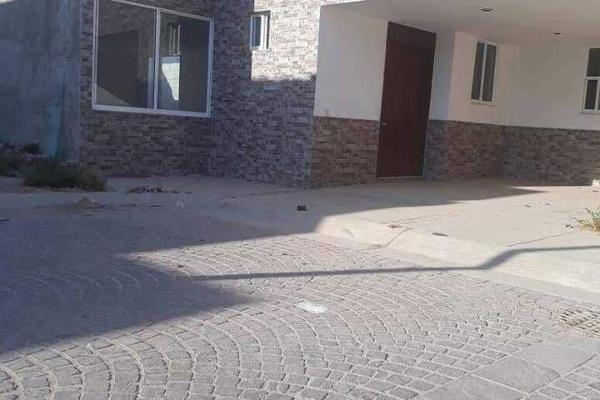 Foto de casa en venta en  , fracciones de santa lucía, león, guanajuato, 5352473 No. 01