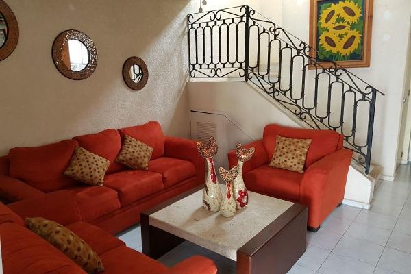 Foto de casa en venta en  , francisco de montejo, mérida, yucatán, 6124773 No. 02