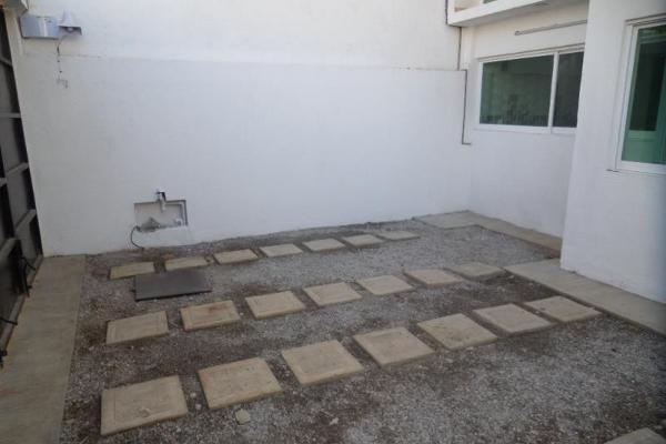 Foto de casa en venta en francisco i madero 200, versalles, cuernavaca, morelos, 6210035 No. 02