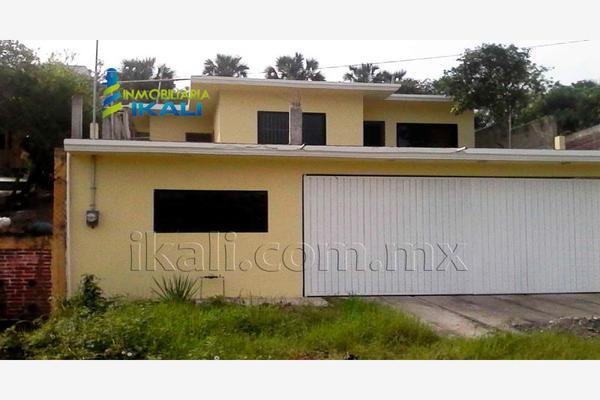 Foto de casa en venta en francisco i. madero , granjas de alto lucero, tuxpan, veracruz de ignacio de la llave, 8643183 No. 01