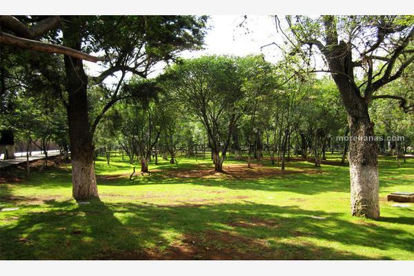 Foto de terreno habitacional en venta en francisco marques 7, chapultepec norte, morelia, michoacán de ocampo, 6150016 No. 01