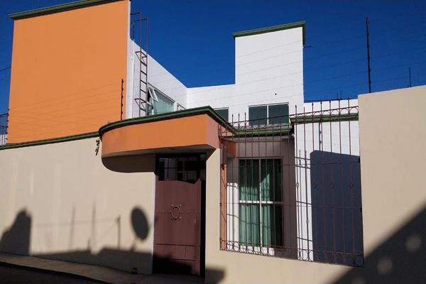 Foto de casa en venta en francisco villa , capultitlán centro, toluca, méxico, 19022582 No. 01