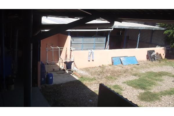 Foto de bodega en venta en fuente florentina 232, las fuentes 2a sección, irapuato, guanajuato, 2651424 No. 02