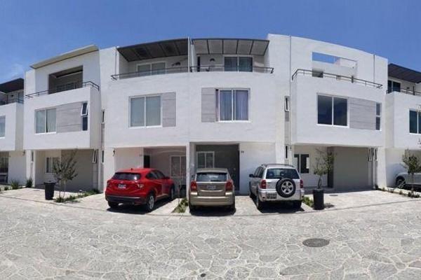 Foto de casa en venta en  , girasoles acueducto, zapopan, jalisco, 7975325 No. 01