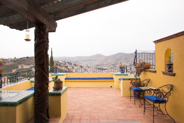 Foto de casa en venta en  , guanajuato centro, guanajuato, guanajuato, 19851898 No. 01