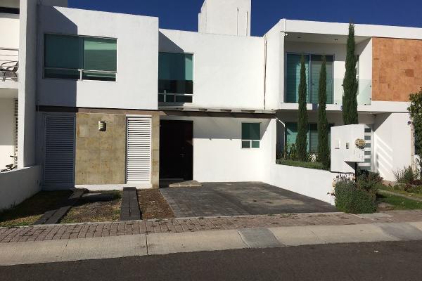 Foto de casa en renta en guayabe , residencial el refugio, querétaro, querétaro, 14023323 No. 01