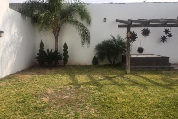 Foto de casa en venta en  , hacienda del rosario, torreón, coahuila de zaragoza, 11434478 No. 02