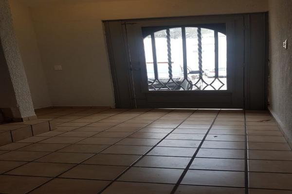 Foto de casa en renta en  , hacienda del valle, san pedro garza garcía, nuevo león, 20120785 No. 02