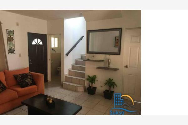 Foto de casa en venta en  , hacienda el cortijo, saltillo, coahuila de zaragoza, 4656423 No. 03
