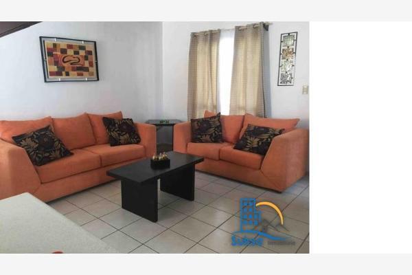 Foto de casa en venta en  , hacienda el cortijo, saltillo, coahuila de zaragoza, 4656423 No. 04