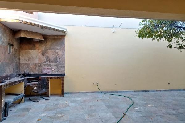 Foto de casa en venta en  , hacienda los cantu 1er sector, general escobedo, nuevo león, 14037898 No. 13