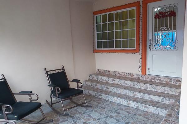 Foto de casa en venta en  , hacienda los morales sector 1, san nicolás de los garza, nuevo león, 18364491 No. 02