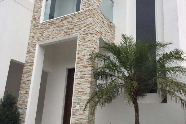 Foto de casa en venta en  , hacienda san agustin, san pedro garza garcía, nuevo león, 14023877 No. 01