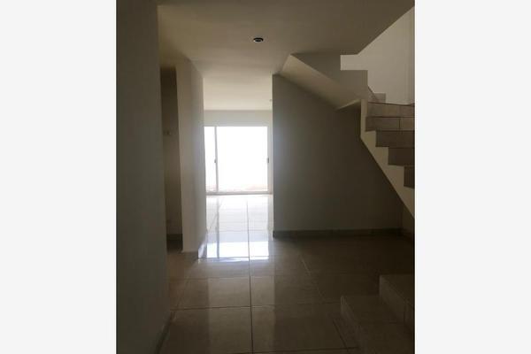 Foto de casa en venta en  , hacienda san rafael, saltillo, coahuila de zaragoza, 11895799 No. 02