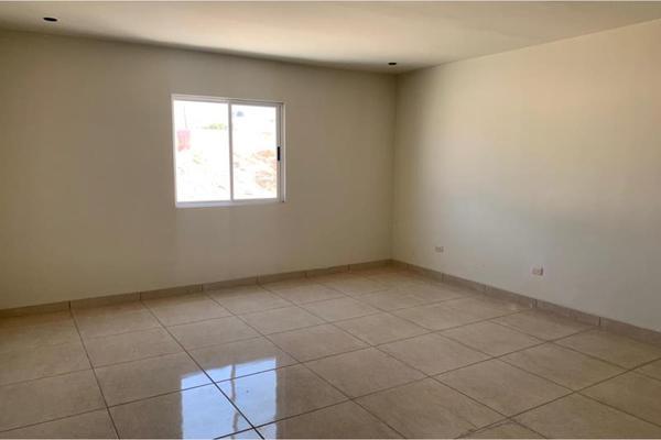 Foto de casa en venta en  , hacienda san rafael, saltillo, coahuila de zaragoza, 0 No. 04
