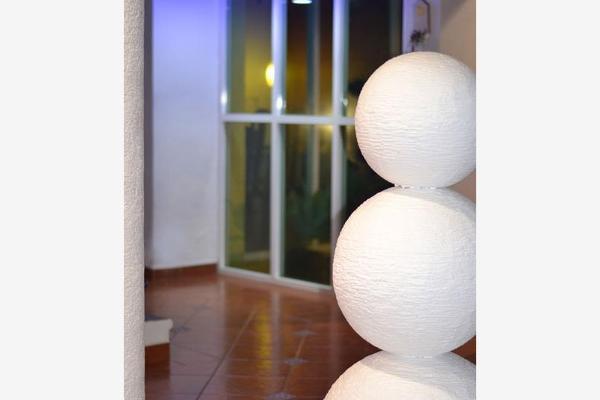 Foto de casa en venta en  , hacienda tetela, cuernavaca, morelos, 2702349 No. 03