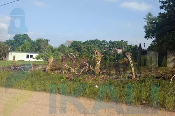 Foto de terreno habitacional en venta en  , higueral, tuxpan, veracruz de ignacio de la llave, 7535224 No. 01