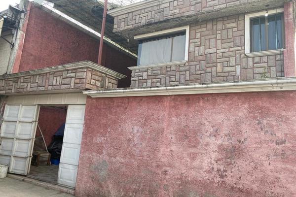 Foto de terreno habitacional en venta en hombres ilustres , san lorenzo tepaltitlán centro, toluca, méxico, 0 No. 01