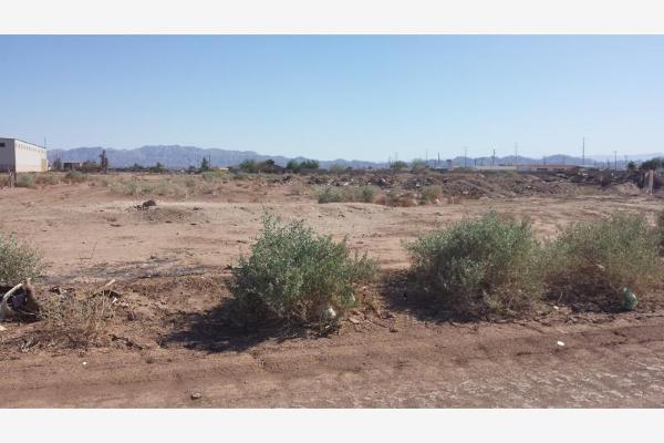 Foto de terreno comercial en venta en pedro jose maria piccolo , huertas de la progreso, mexicali, baja california, 2710257 No. 01