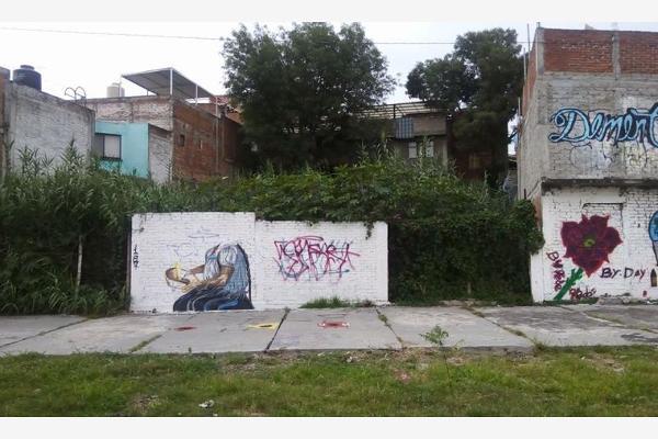 Foto de terreno habitacional en venta en  , independencia, morelia, michoacán de ocampo, 2709138 No. 01