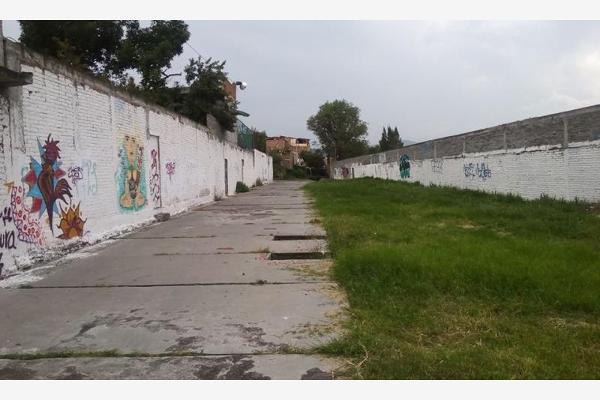 Foto de terreno habitacional en venta en  , independencia, morelia, michoacán de ocampo, 2709138 No. 02