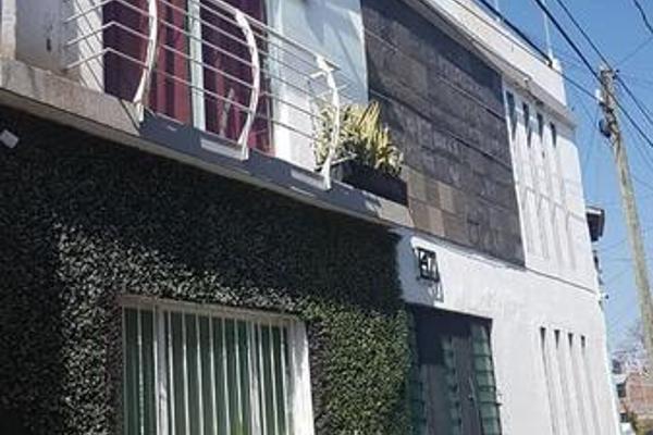Foto de casa en venta en  , independencia, morelia, michoacán de ocampo, 8073681 No. 01