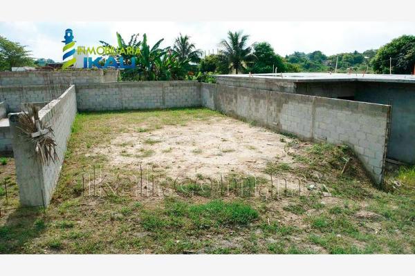Foto de terreno habitacional en venta en prolongacion ramon aguirre , infonavit las granjas, tuxpan, veracruz de ignacio de la llave, 2706961 No. 02